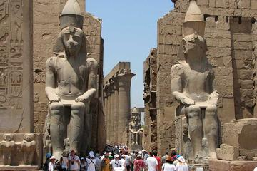 Private Day Tour: Valley of the Kings, Colossi of Memnon, Hatshepsut, Karnak, and Luxor Temples