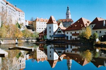 One-Way Day Trip to Cesky Krumlov from Graz to Prague