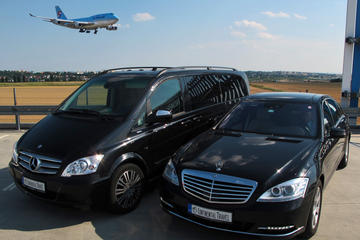 Prague Airport Shuttle: Private Arrival Transfer in Mercedes-Benz...