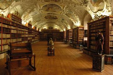 Privat, tilpasset utflukt til Strahov-biblioteket og Praha