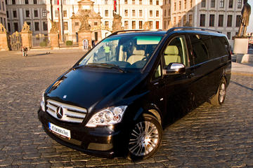 Private Transfer from Munich to Prague in a Luxury Car