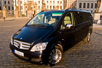 Private Transfer from Prague to Munich in a Luxury Car