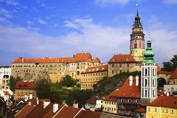 Trasferimento privato da Passau a Praga con scalo a Cesky Krumlov