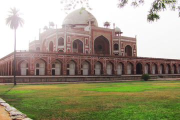 UNESCO Heritage Site: Humayun's Tomb with Nizamuddin Basti Walking Tour