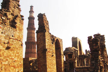 UNESCO Heritage Site: Qutub Minar and Mehrauli