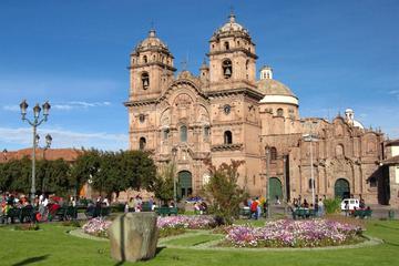 Excursión privada: recorrido turístico por la ciudad de Cuzco...