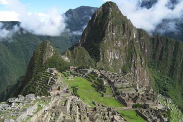 Exploración privada de Machu Picchu...
