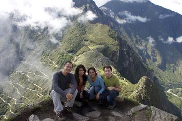 Recorrido de 15 días desde Lima: Amazonas, Machu Picchu, lago...
