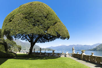 Private Tour: Lake Como From Milan with Private Driver and Private Boat