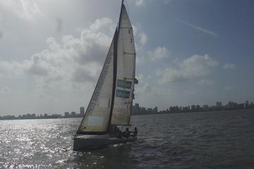 Mumbai Harbor Crossing Private Sailing Package