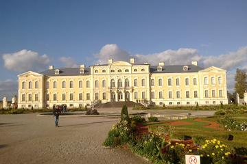 Private Tour to Rundale Palace from Riga with Private Transport