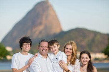 Private Rio de Janeiro Tour: Christ Redeemer and Sugar Loaf Mountain with Professional Photographer