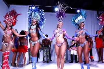 Tour privato: spettacolo di samba Ginga Tropical con cena a Rio de