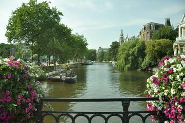 Folga de um fim de semana (3 dias) pela Holanda e Bélgica saindo de...