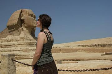Excursión de un día para un breve descanso en Egipto: Pirámides...
