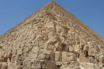 excursion-privee-aux-pyramides-de-gizeh-et-sphinx