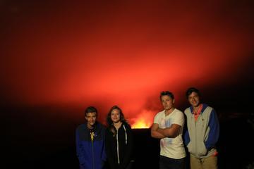 Excursão de caminhada vulcânica na Ilha Grande