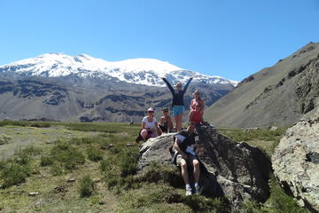 Cajon del Maipo and San Jose Volcano Hiking Tour