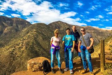 Caminata para grupos pequeños en los Andes de 12 KM de medio día...