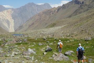 Excursión glaciar y Baños Morales desde Santiago