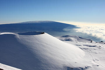 Mauna Kea Above the Clouds Sunrise Tour