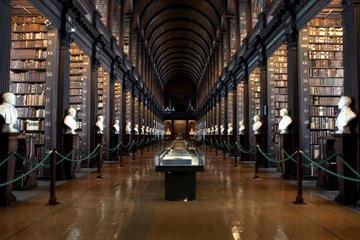 Accès de bonne heure: livre de Kells, avec visite extérieure du...