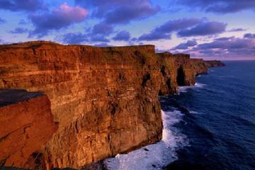 Excursão diurna pelos penhascos de Moher saindo de Dublin