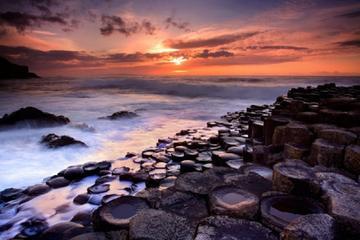 Geführte Tagestour zum Giant's Causeway ab Belfast mit Eintritt für...