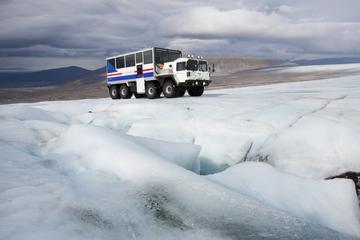In de gletsjer: tour met bezoek aan de gletsjer Langjökull en de ...