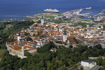Three Capitals of Baltics Tallinn - Riga - Vilnius Tour from Riga