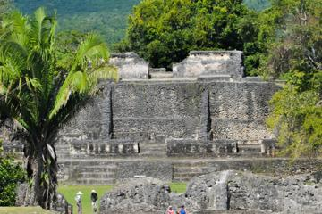 Private Tour of Xunantunich And Belize Zoo