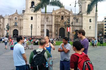 Recorrido privado por el centro histórico de Lima con un guía local
