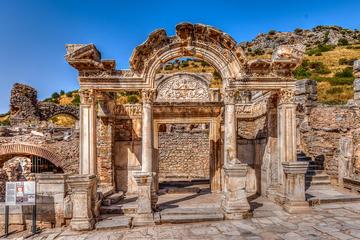 Tour privato di mezza giornata a Efeso dal porto di Kusadasi