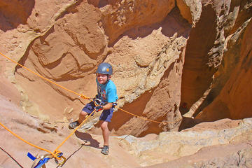 Day Trip Robber's Roost Canyoneering Adventure near Green River, Utah