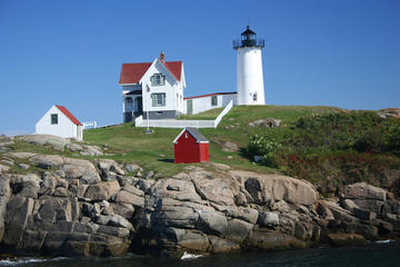 Day Trip Full Day Maine Lighthouse Trail Tour from Nashua NH near Manchester, New Hampshire