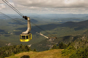 Day Trip Full Day White Mountain Tour with Cannon Mountain Aerial Tram near Manchester, New Hampshire