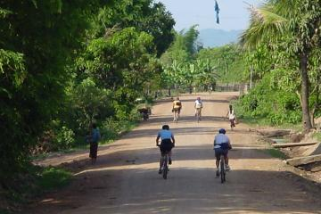 4-Day Mekong Delta Bike Tour from Ho Chi Minh City