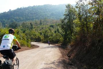 Excursion d'une journée à vélo au départ de Luang Prabang