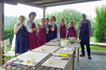 4-Day Flavors of Tuscany Cooking Classes and Arezzo Sightseeing Tour