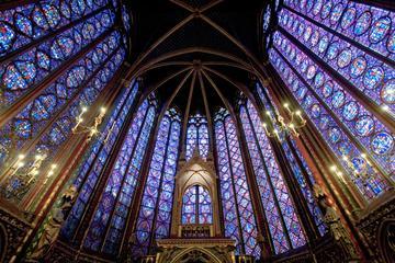 Paris Ile de la Cite Medieval Private Walking Tour: Notre Dame, Sainte Chapelle and Conciergerie