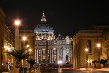 Roma à noite: excursão a pé semi-particular pela vida noturna de Roma