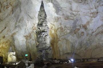 Danang - Hue - DMZ - Paradise Cave...