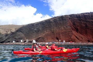 Excursion en kayak de mer à Santorin au départ de Mesa Pigadia