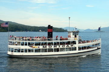 Day Trip Lake George Steamboat Paradise Bay Cruise near Lake George, New York