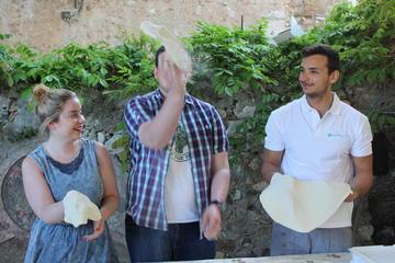 Aula de culinária em Taormina: aprenda a preparar pizza e cannoli