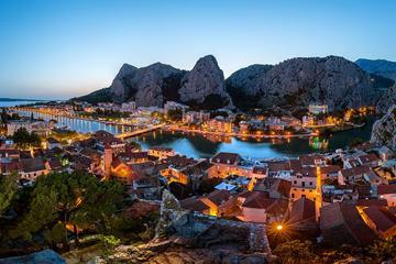 Excursão de meio dia da República da Poljica e Omis saindo de Split