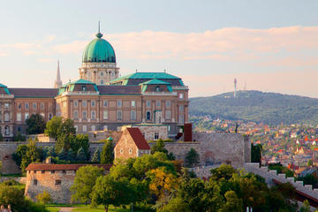 Buda Castle Tour with Spanish Speaking Guide