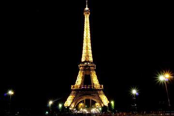 Excursão a pé de Paris à noite em...
