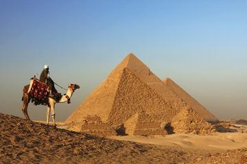 Explore Cairo: 3 Nights at 5-Star Hotel including Pyramids and Egyptian Museum