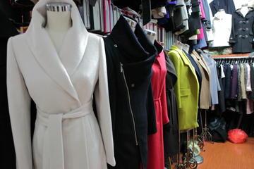 Fun Fashion Shopping Tour